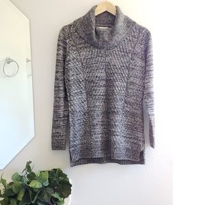 Calvin Klein • marbled gray and black sweater